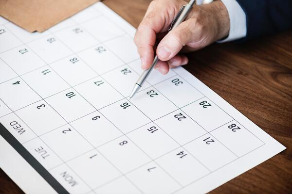 tracking important dates with calendar