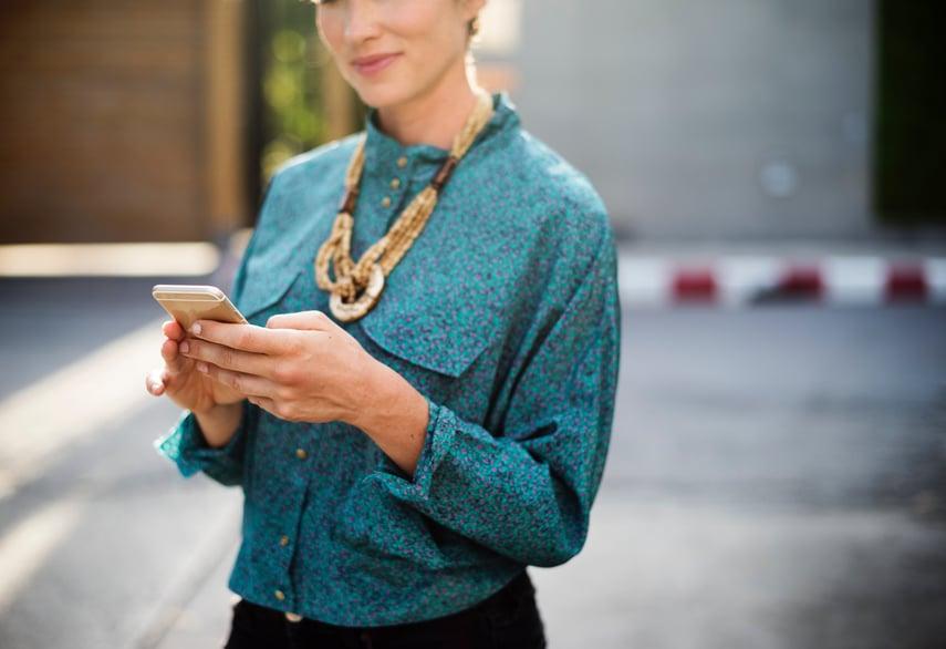 Financial Advisor bio builds client trust