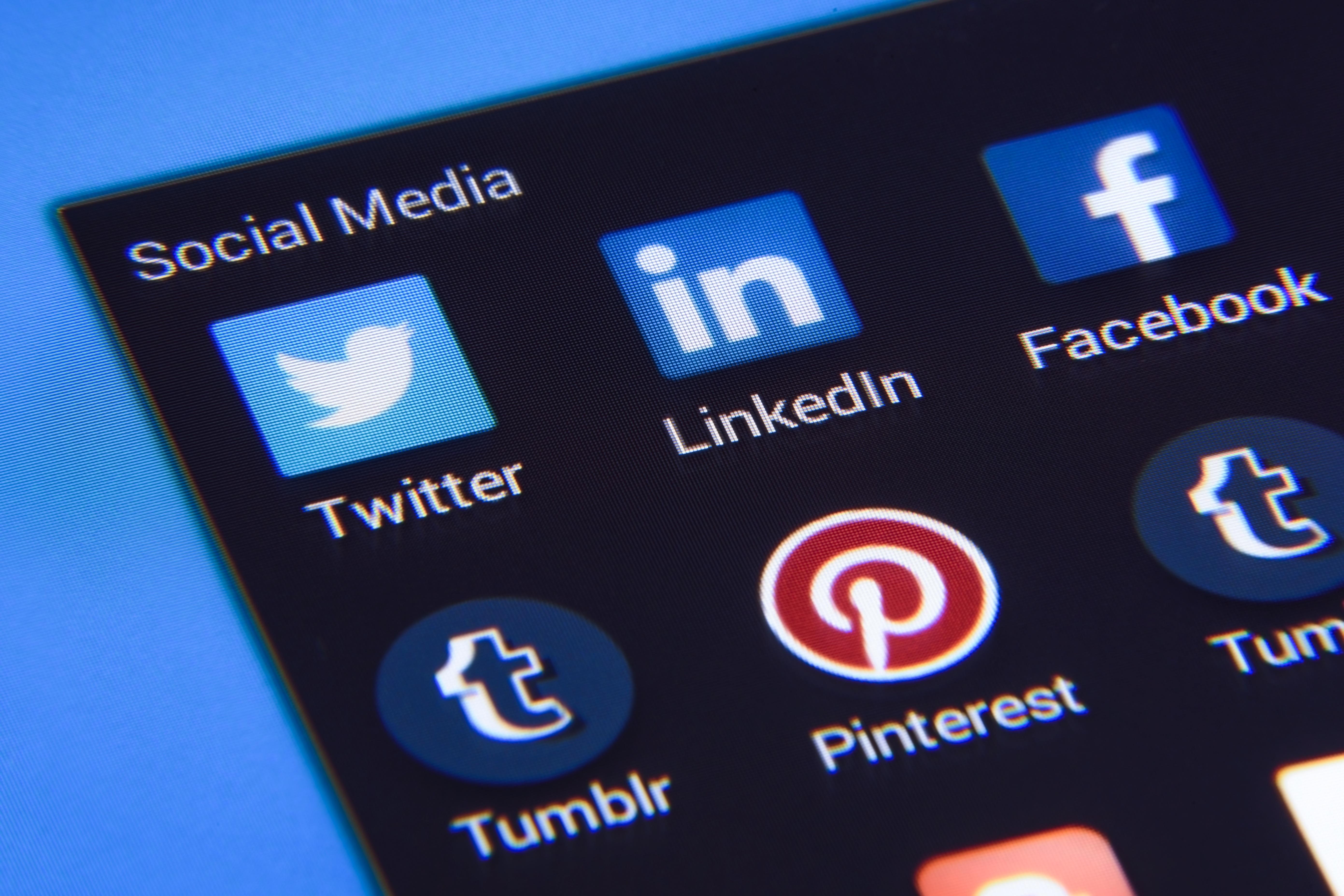 social-media-1795578-1